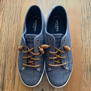 Sperry denim boat shoes, size 9
